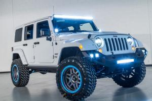 2015 Jeep Wrangler - Bright White Clearcoat
